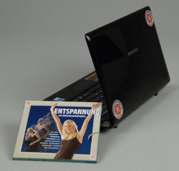 CRP Monitor Sticker Set am Laptop angebracht