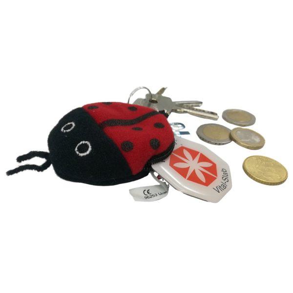 Penya Glückskäfer mit Vitalslab und Münzen